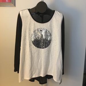 Relaxed Chic NYC Long Sleeved Shirt